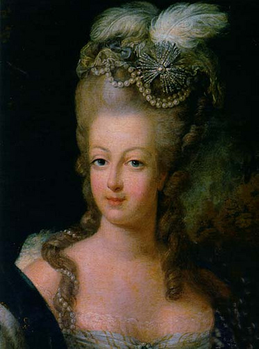 Высокая причёска Марии-Антуанетты